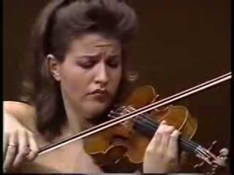 Anne Sophie Mutter Violin Recital in Tokyo Suntory Hall 1989