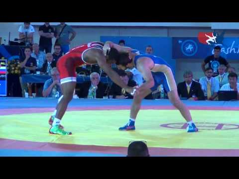 74 KG SF - Jordan Burroughs (USA) vs Denis Tsargush (RUS)