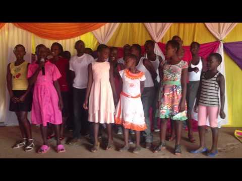 E putere Isus e Domn Uganda Kids Elim Kiboga singing romanian