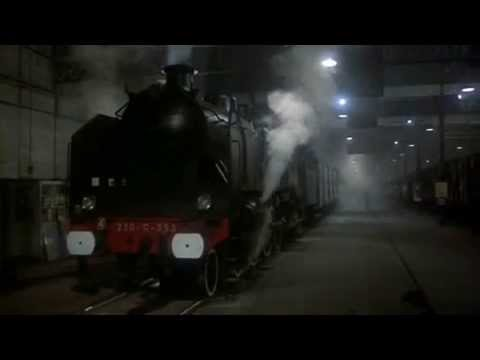 Murder on the Orient Express - Train departing
