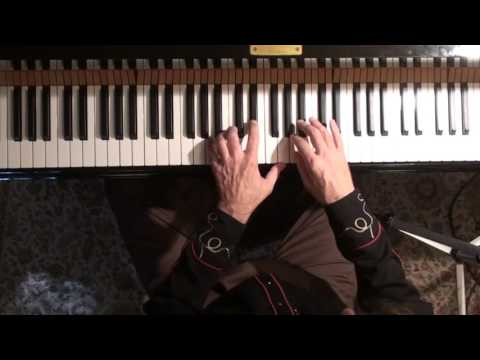 Jazz Piano College 202 Autumn Leaves - improvising a solo
