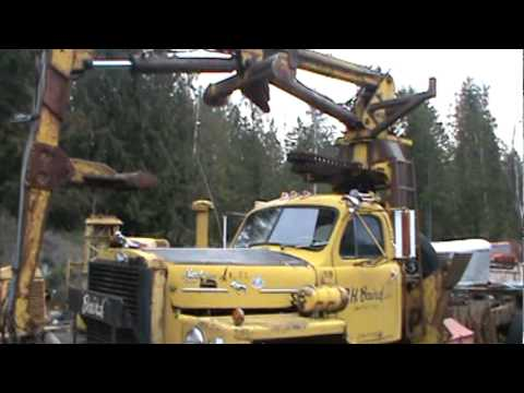 Mack Trucks For Sale >> Mack B-83 log truck with self loader - YouTube