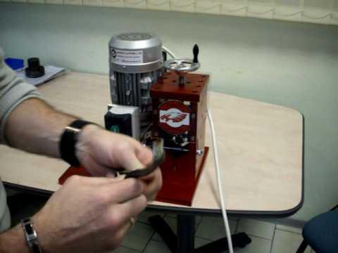 Denudeur de cables electrique cuivre ou aluminium youtube - Plinthe pour cable electrique ...