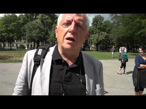 Ueli Leuenberger le 14.07.2011 Au Parc des Bastions.MP4