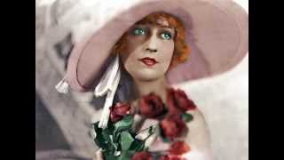 Jeanette MacDonald - Mighty Like A Rose
