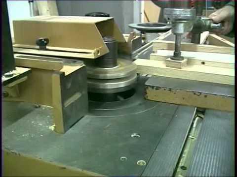 Usine de production des Meubles Bernardot à la Voyèze (25)