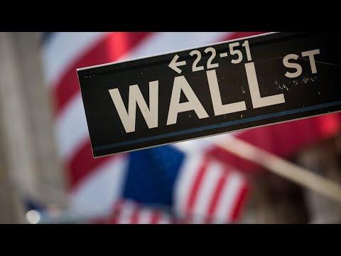 Bonus Prospects Diverge on Wall Street