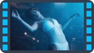 В бассейне без гравитации — «Пассажиры» (2016) Сцена 7/8 QFHD