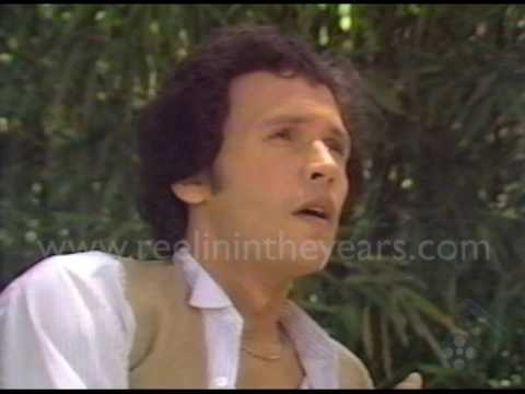 Billy Crystal (Soap) Interview 1978-Fred Saxon [Reelin' In The Years Archives]