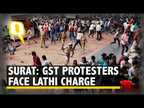 Surat Textile Traders Lathi Charged On Monday While Protesting Against GST- The Quint