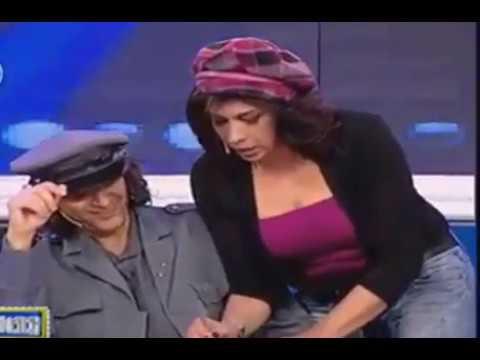 أكثر مشهد لبناني جرئ وساخن على المسرح امام الجمهور !! سيصدمك!! thumbnail