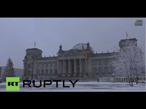 Germany: Snow comes a day too late for Xmas in Berlin