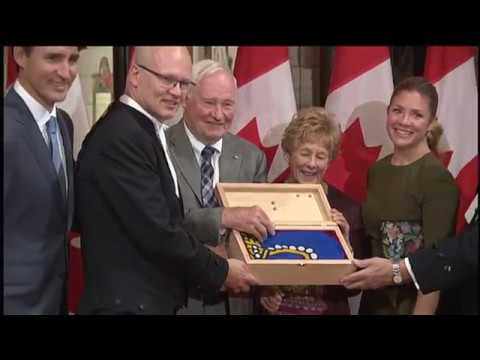 Gov. Gen. David Johnston thanks Canadians during Farewell Ceremony