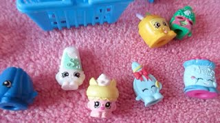 Shopkins Unboxing & How Bella Stores her Shopkins!