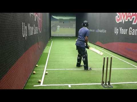 smaaash-bangalore cricket batting Wasim Akram swing and Shoaib Akhtar pace bowling
