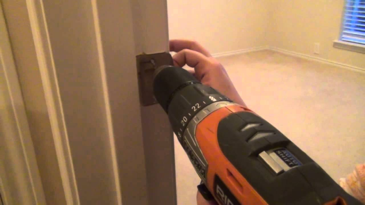 How To Fix A Door That Wonu0027t Stay Closed