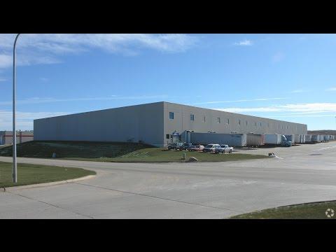 Industrial Warehouse in Omaha, Nebraska - amazing location!