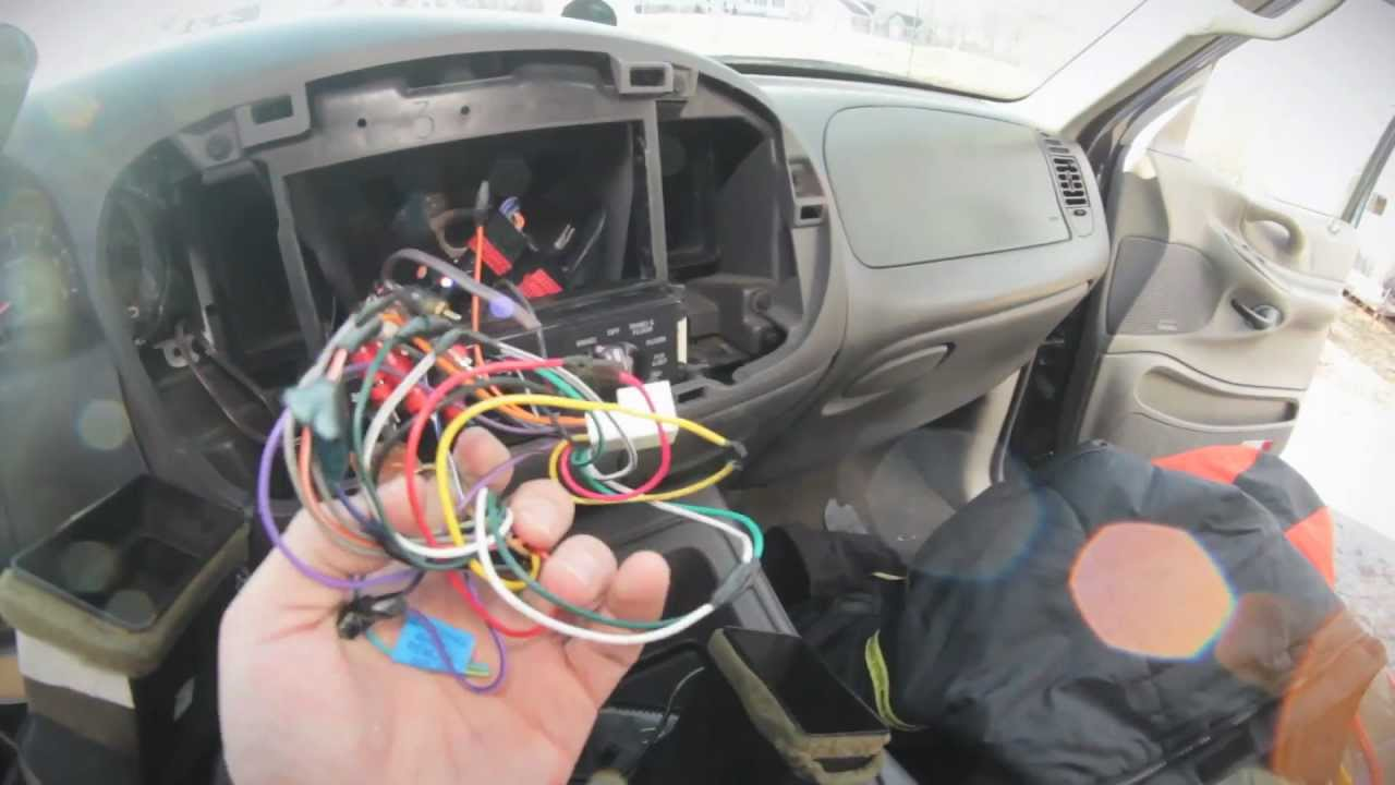 1999 ford expedtion sound system tear out pt 1 tearing my system 2000 ford expedition eddie bauer radio wiring 2000 ford expedition audio wiring [ 1280 x 720 Pixel ]
