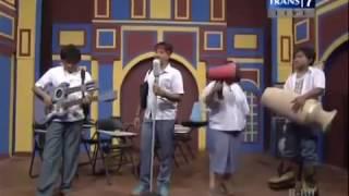 Sule Feat Andre Nyanyi Lagu Follow Me