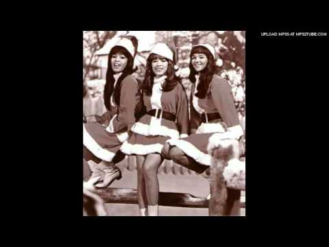 Клип The Ronettes - Frosty the Snowman