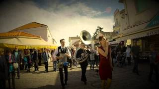 The Sassy Swingers en rue au festival Courants Jazz