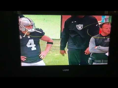 Derek Carr , Todd Downing Look Frustrated in Oakland Raiders vs NE Patriots Game