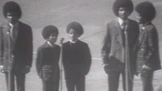 1970 WS Gm1: The Jackson 5 perform national anthem