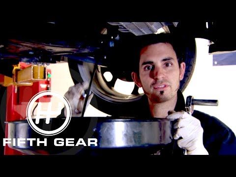 Fifth Gear D.I.Y Self Service The Importance Of Oil