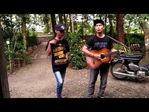 LUNGSET Cover Akustik Gitar Edisi Pengamen Kampung
