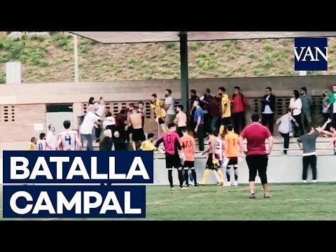 Vergonzosa batalla campal en un partido de la segunda regional catalana