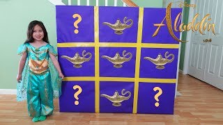 ALADDIN GIANT SMASH SURPRISE BOXES with Disney Jasmine Toys Unboxing and Review