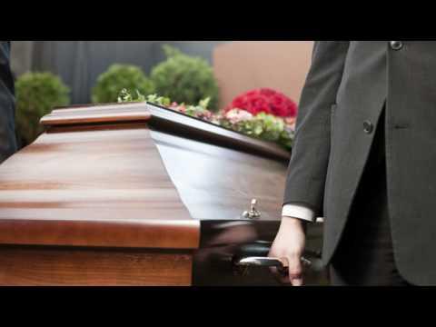 Как одеть усопшего, умершего человека?