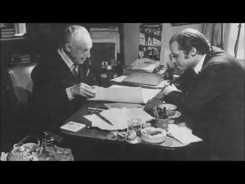 Glenn Gould consults a psychiatrist and plays Beethoven