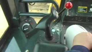 Video still for John Deere Hitachi Dozer 750J-850J Controls