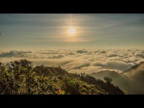 Stunning timelapse video : Doi Luang Chiang Dao 2015