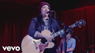Lucy Spraggan - Mountains - Live at the Borderline