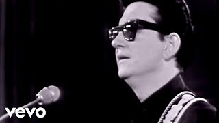 Roy Orbison - Crying (Monument Concert 1965)