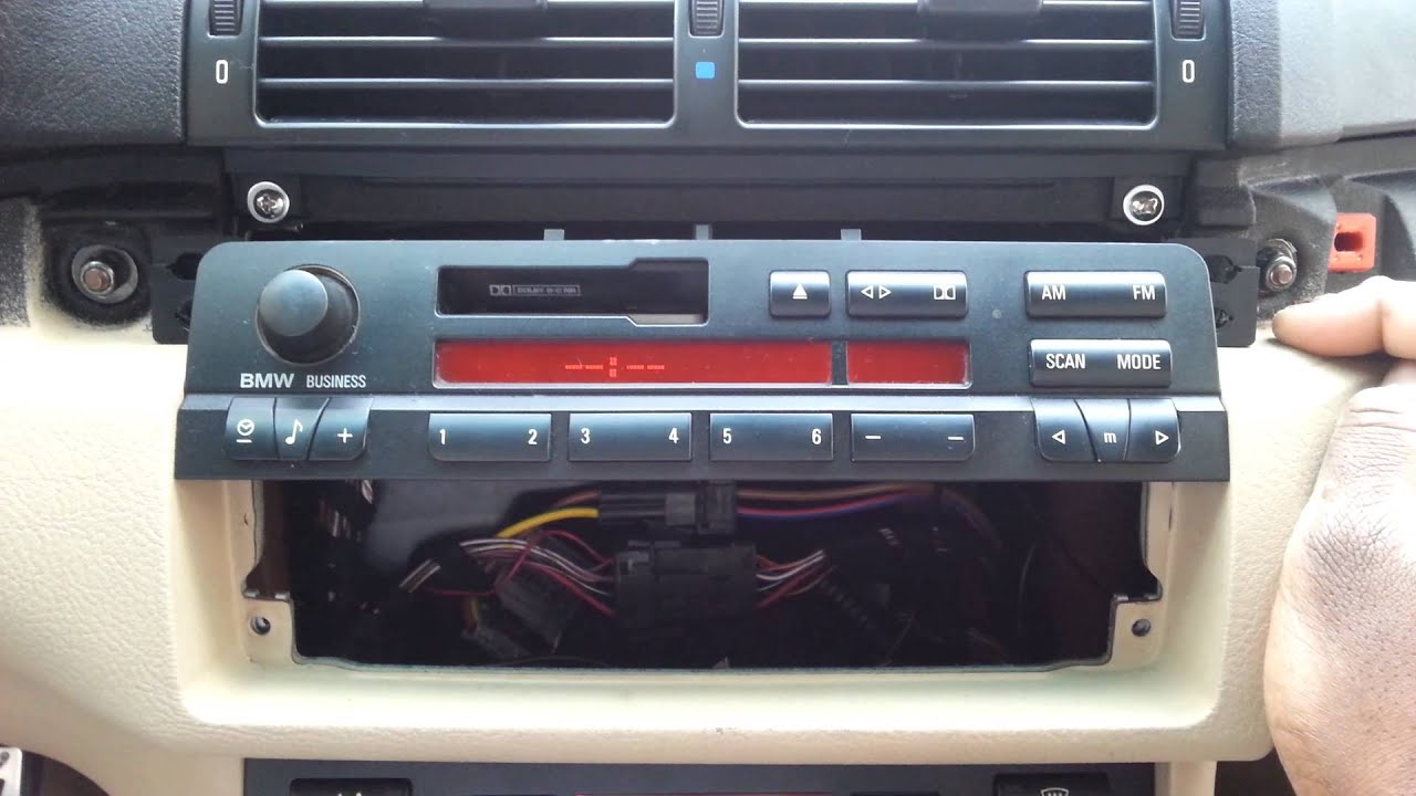 bmw e46 stereo tape deck head unit radio 1999 01 bmw 323ci 325ci 325i 330ci 320i [ 1280 x 720 Pixel ]