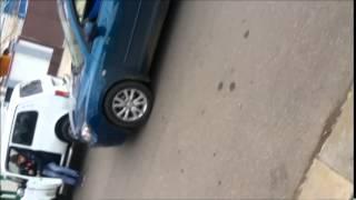 Дороги не для всех в Анапе(Вообщем подъехал посмотреть номер дома.Остановился перед перекрестком.На улице мужик с палочкой начал..., 2014-12-13T18:36:10.000Z)