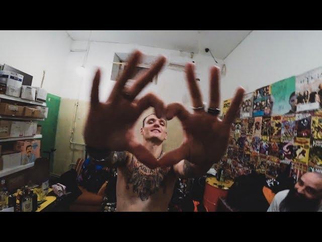 "СВЕТСКИЙ РАУТ ""HOSTEL GRAND TOUR I - SORRY,MA"""