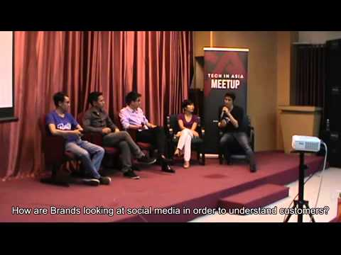 Vietnam Meetup 2014 - Startup and the New Frontiers of Social Media
