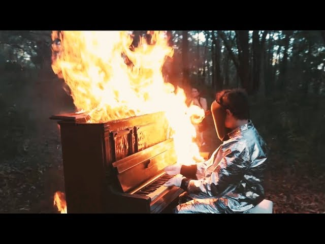 Pluto Jonze Plays Burning Piano for Whole Song - I'll Try Anything