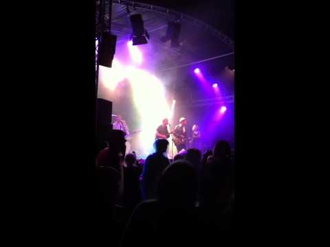 thees uhlmann live @ acoustic lakeside festival 2011