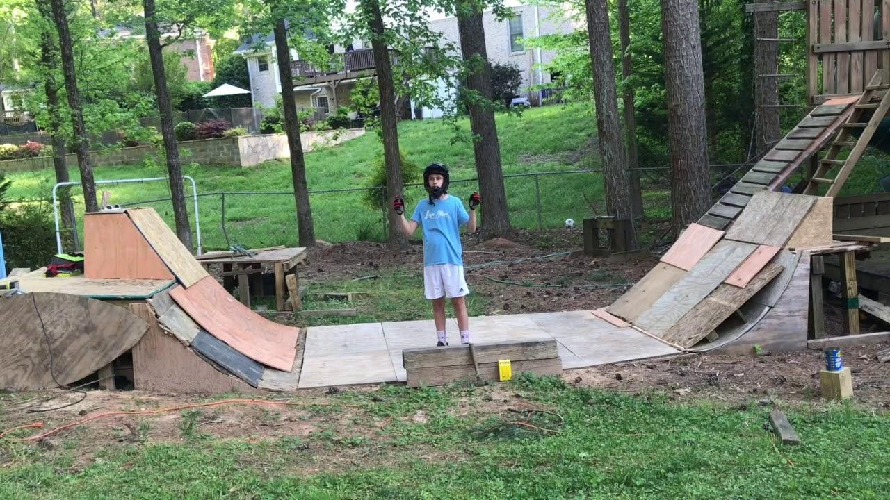 BMX backyard Half pipe! - YouTube