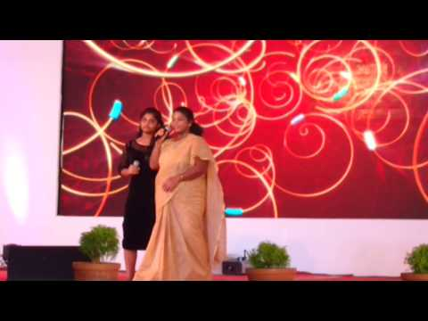 Really cool videos - Minmini (Chinna Chinna Asai -Roja) and her daughter performing on stage
