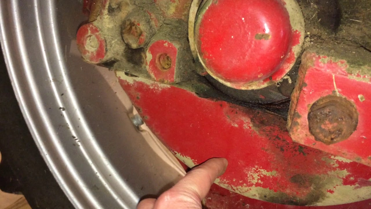 hight resolution of check and change final drive fluid on farmall cub and others