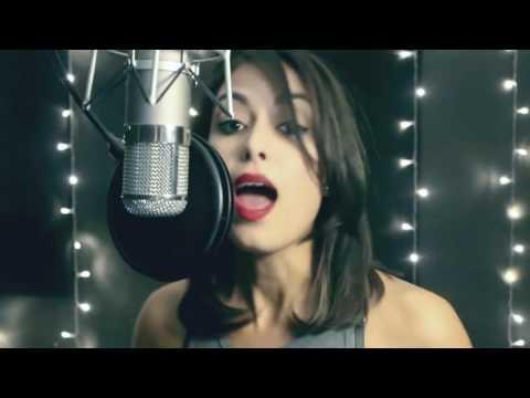 Luana Camarah Autoral- Aperta o Play feat Vivian Brown