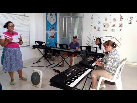 FUNACSEP. Escuela de música. (ensayo, yo me llamo cumbia)