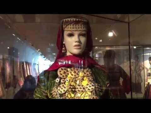 Баку. В музее ковров