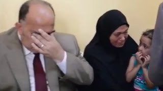 محافظ الدقهلية يتأثر ببكاء زوجة شهيد العريش ويقرر إطلاق اسمه على مدرسة بالقرية